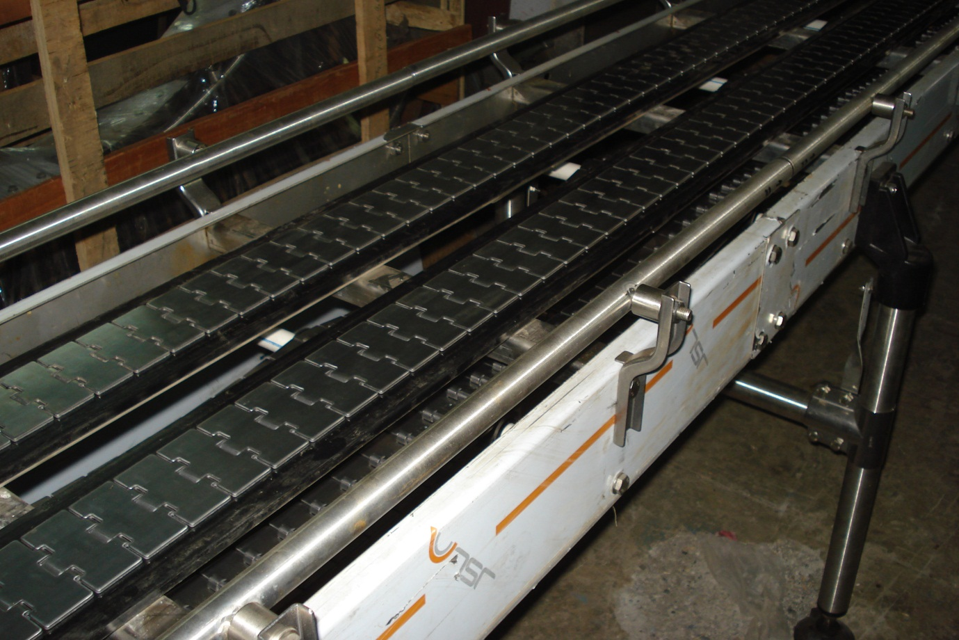 slat-chain-conveyor